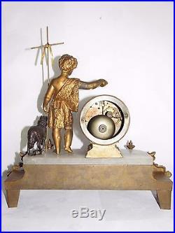 05d25 Ancienne Horloge Albtre Statue Régule Dore St Jean Baptiste Agneau Bronze