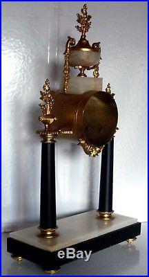 19ème Siè, splendide corps de pendule en bronze, horloge à colonnes en marbre