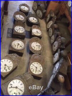 ANCIEN mouvement HORLOGE COMTOISE CLOCHE XIXe un gros lots 60 pièces
