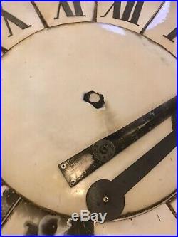 Ancien Cadran horloge Clocher déglise Plaque Émaillée Ø 1m45. Design, loft