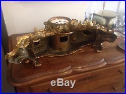 Ancien et exceptionnel corps de pendule en bronze aux amours vendangeurs