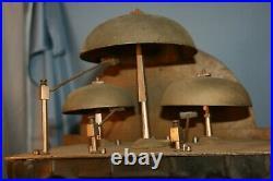 Ancien mécanisme de comtoise Morbier à 3 cloches