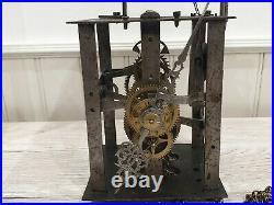 Ancien mécanisme de comtoise pendule XVIIIé petite dimension ref 851
