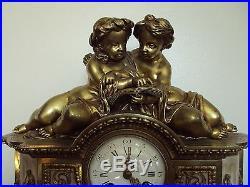 Ancienne Pendule En Marbre Et Bronze