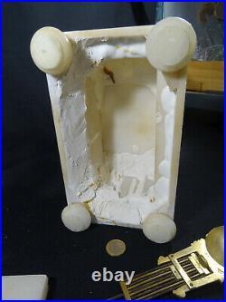 Ancienne pendule portique en albatre à restaurer XIXéme