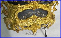 Ancienne pendule romantique en régule doré Horloge 1900