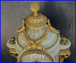 Belle Pendule Louis XVI Bronze Dore Colombes+carquois+marbre Blanc Xixeme 43cm