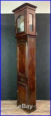 Belle horloge de parquet époque Louis XIV en noyer