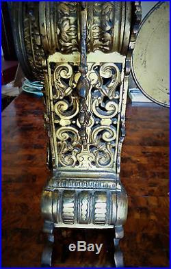 Belle pendule en bronze Napoléon III