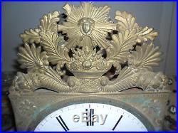 Comtoise Charles X, superbe décor sur le cadran, dans son jus, horloge, mouvement