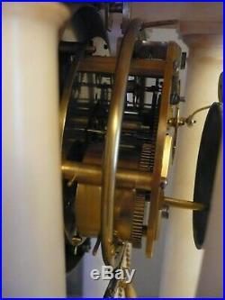 Exeptionnelle pendule ancienne bronze balançoire, très RARE