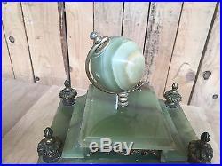 Garniture de cheminée en onyx / Pendule / Horloges trois pièces
