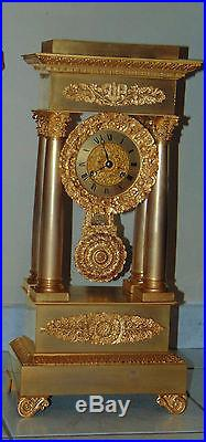 Grande Horloge Pendule Colonnes Bronze Dore D' Epoque Restauration