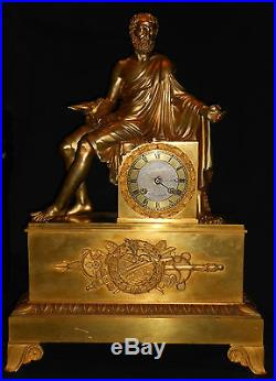 Grande pendule empire bronze dore vers 1810