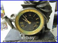 Grande pendule horloge en marbre et regule
