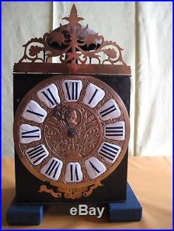 HORLOGE COMTOISE DE 21,5 cm à 12 cartouches du XVIII éme