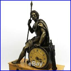 Horloge Pendule d'époque Empire en Bronze et marbre du 19ème siècle
