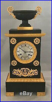 Horloge comtoise, lanterne, pendules, etc