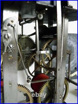 Horloge comtoise très spéciale, objet du museé, environ 1730