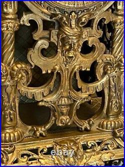 Importante pendule en bronze XIXe de style Renaissance 53 cm