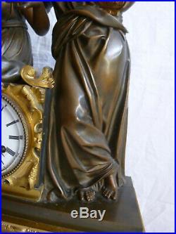 Imposante pendule bronze epoque restauration allegorie de la musique H 61 19emm