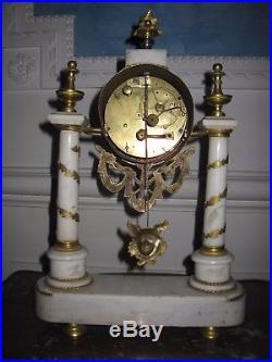 Jolie pendule d'époque fin 18 ème siècle
