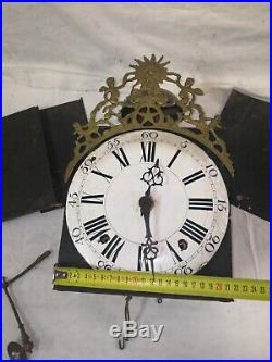 Mouvement d'horloge 18ème siècle à cadran cuvette