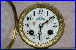 Mouvement de Paris pour pendule horloge