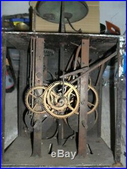 Mouvement de comtoise 18 éme aigle dans son jus, clé, horloge, pendule mécanisime