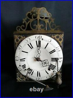 Mouvement horloge/comtoise milieu XVIIIe + clé / Cadran émaillé & laiton découpé