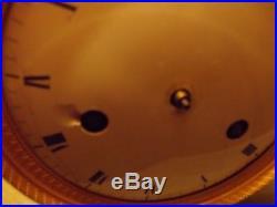 PENDULE HORLOGE CLOCK(Mouvement.) EMPIRE MARBRE NOIR ET BRONZE DORE