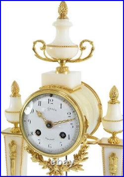 PENDULE PORTIQUE. Kaminuhr Empire clock bronze horloge antique cartel uhren
