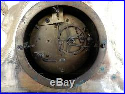 Pendule Ancienne Bronze Doré Epoque Restauration Mouvement A Fil
