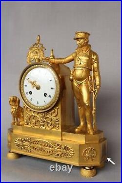 Pendule Bronze doré Au Chasseur Empire Clock Kaminuhr Horloge Napoleon Cartel