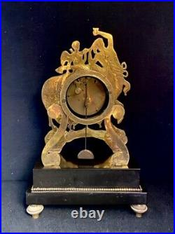 Pendule Empire Au Centaure en bronze doré (French ormolu Clock)