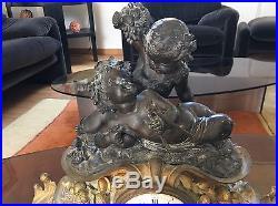 Pendule En Bronze à Décor De Putti