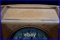 Pendule Murale Carillon Formant Etageres Art Nouveau En Chene