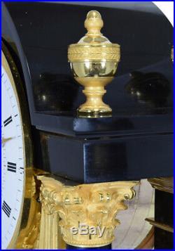 Pendule Régulateur. Kaminuhr Empire clock bronze horloge antique cartel horloge