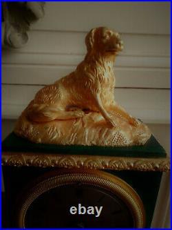 Pendule Uhr animalière Charles 10 en bronze patiné trompe l'oeil de malachite