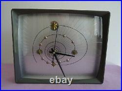 Pendule Vintage Annee 50 Ortf Hourriez Modele Trophy A Quartz