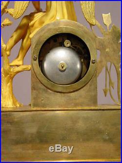 Pendule ancienne Eros Empire Restauration bronze doré french clock uhr XIXéme