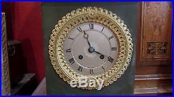 Pendule bronze doré XIXe style empire napoleon mantel clock cassolette medicis