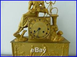 Pendule bronze doré à fil bergère french gilt bronze mantel clock