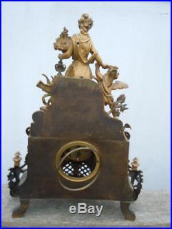 Pendule bronze dore sculpture bronze Vénus Cupidon d'époque 19ème