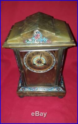 Pendule clock horloge en marbre onix et bronze émaux cloisonnés