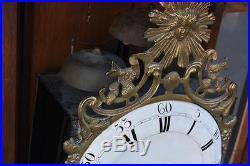 Pendule comtoise époque XVIIIème mécanisme à complications trois cloches