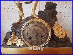Pendule en bronze époque Charles X
