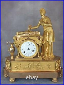 Pendule époque 1er Empire bronze doré ormolu sphinges, amour