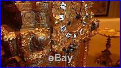 Pendule gothique 19e en bronze
