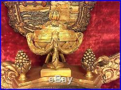 Pendule murale style Louis XVI Napoléon III bronze doré